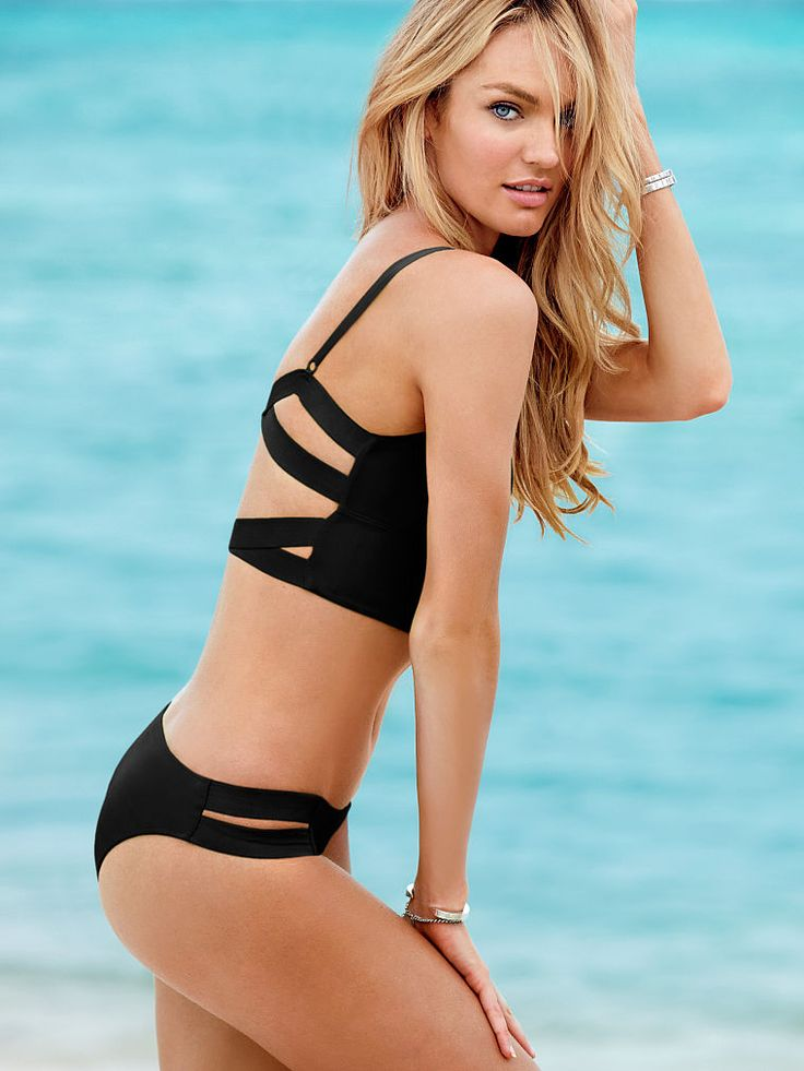 Candice Swanepoel Spreads Her Legs Wide  Hollywoodtuna
