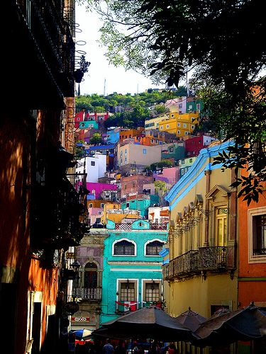 Mexican colors at Guanajuato - LOVE the colors! #travel #mexico #color