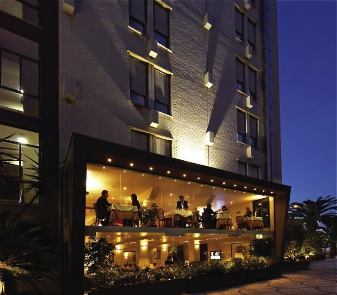 La Scala Restaurant - Cagliari (CA), Italy http://www.hotelsinsardinia.org/gastronomy/restaurants/elegant/
