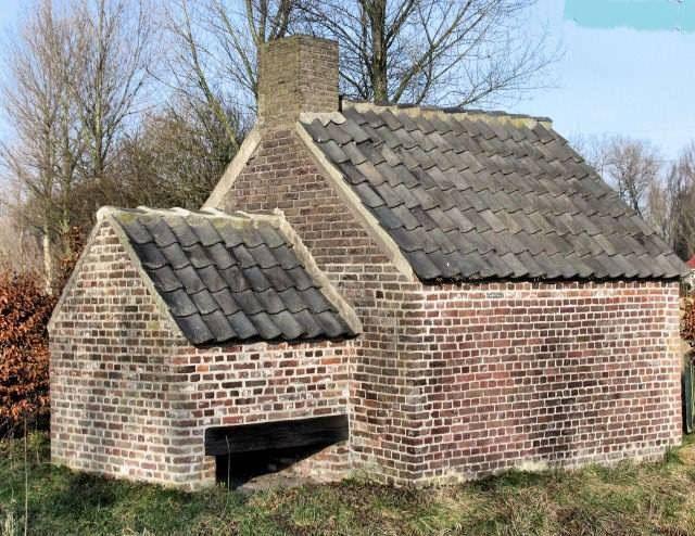 bakkershuisje de Mispelhoef gerenoveerd 2005