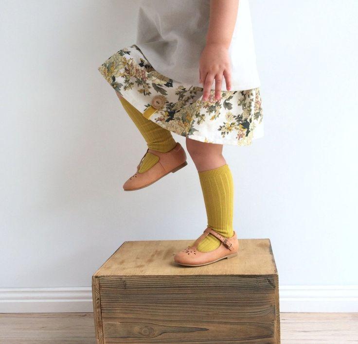 Handmade linen skirt with velvet ribbon and wooden button detail