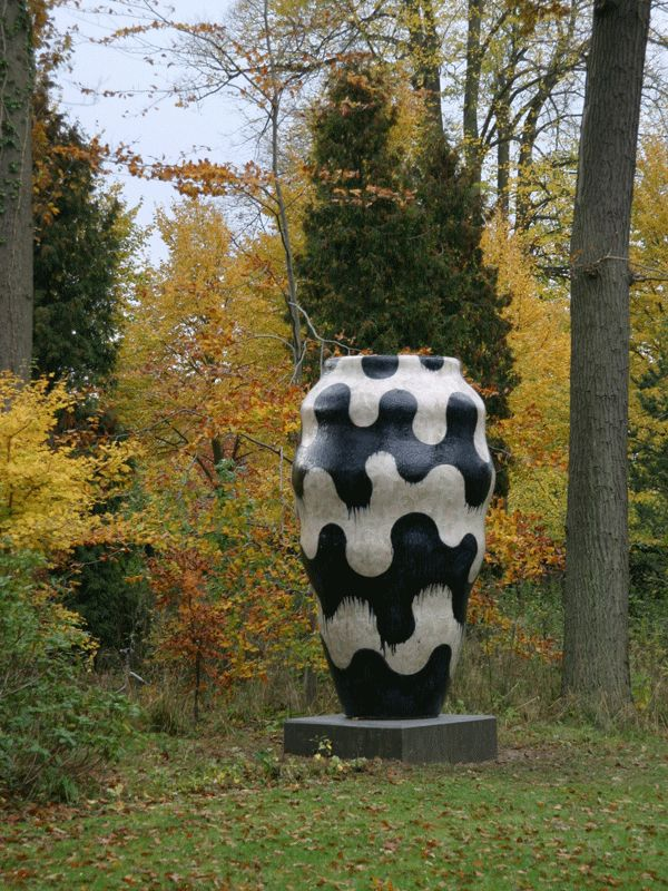 Danish ceramist, Gunhild Rudjord: selecting what appeals from her work. See Blogroll for a link. | Decanted