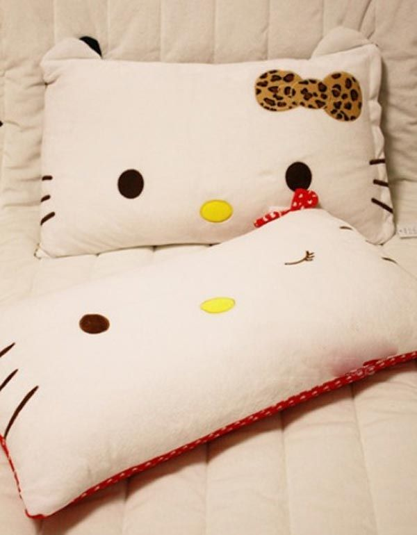 *hello kitty pillows