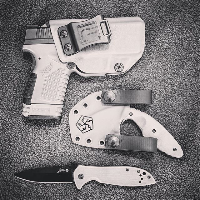 """Springfield Armory XDS 3.3"""" 9/40/45 IWB/AIWB Kydex Holster - Profile Holster - Right Hand"""