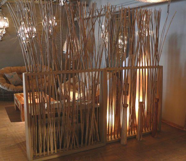 Bambou idéal comme séparation de pièce et cosy comme décoration.