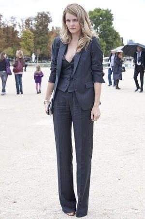 デキるアラフォー女性のパンツスーツコーデ♡40代アラフォー女性のパンツスーツのコーデ♪