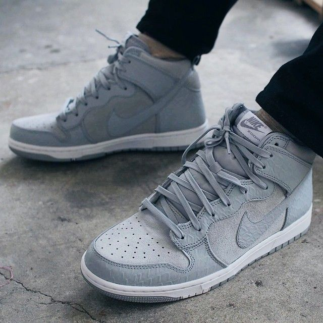 womens nike dunk black grey