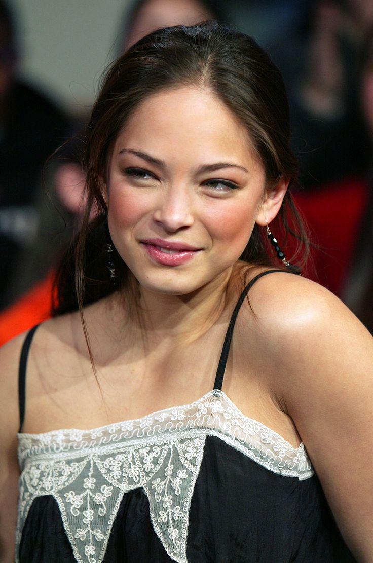 Lana Lang / Kristin Kreuk television series Smallville.
