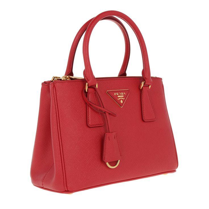 https://magento.fashionette.de/media/catalog/product/p/r/prada_77534_3.jpg