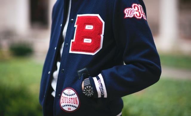 Как носить бейсбольный жакет