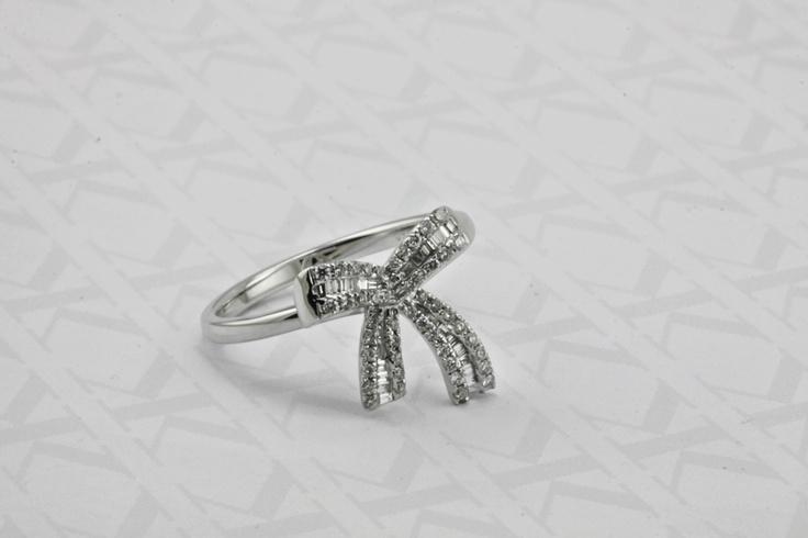 Diamond bow dress ring by Kalfin Jewellery #diamondring  #diamonds #dressring #custommadering #Kalfin #kalfinjewellery
