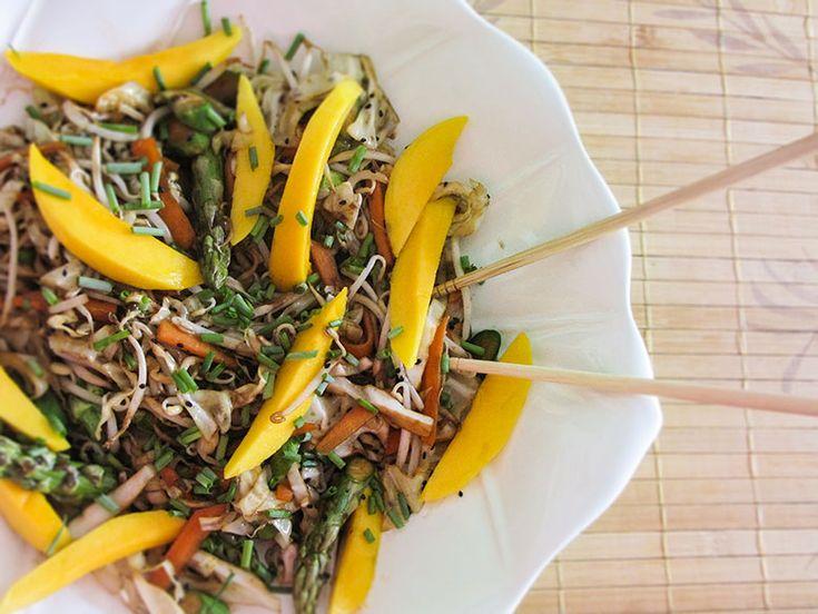 Salada Oriental com Óleo de Gergelim Torrado