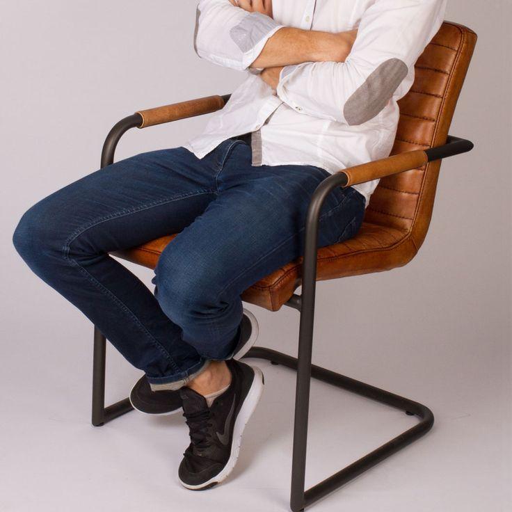 die besten 25 freischwinger leder ideen auf pinterest freischwinger lederst hle esszimmer. Black Bedroom Furniture Sets. Home Design Ideas