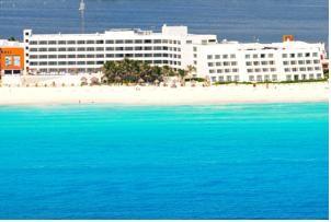 ★★★★ Flamingo Cancun Resort, Cancún, Mexico