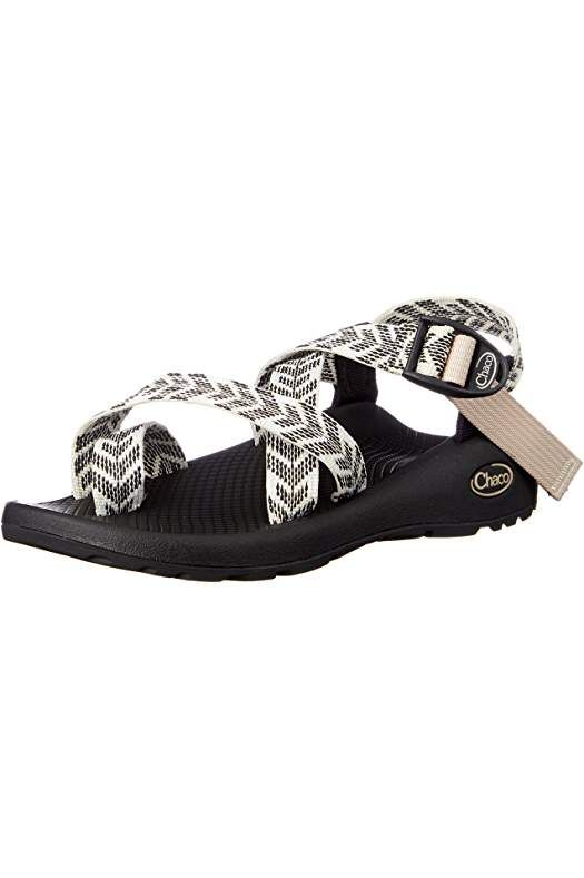 e3af2509e6a7d Amazon.com: chacos   Things to do in 2019   Sandals, Shoes, Fashion