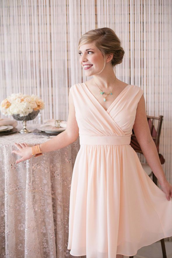 peach modest bridesmaids dress #utahwedding #modest Design by www.utaheventsbydesign.com - Photo by www.jacquelynnphoto.com