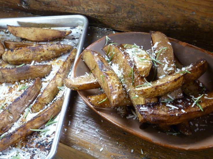 Roasted Russet Wedges with Balsamic Vinegar and Rosemary ...