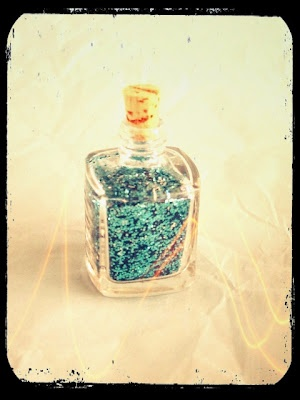 blah to TADA!: clear your nail polish bottle and fill it up with something else