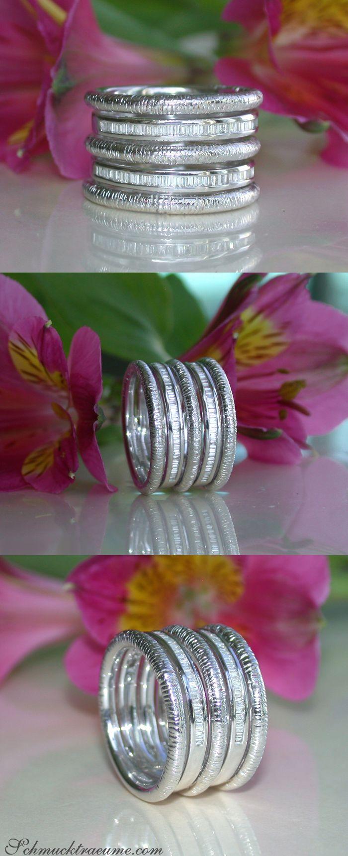 Puristic Whitegold Ring with Diamonds | Puristischer Weißgold Ring mit Diamanten | Explore: Schmucktraeume.com | Like: https://www.facebook.com/pages/Noble-Juwelen/150871984924926