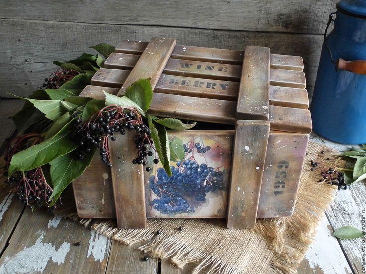 """Купить """"Вино из ягод Аронии"""" Деревянный ящик ОЛЬХА - ящик, Деревянный ящик, цветы, васильковый"""