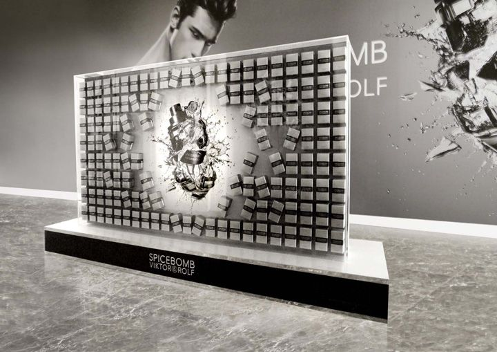 Viktor's Spicebomb installation by Tommaso Nicolao