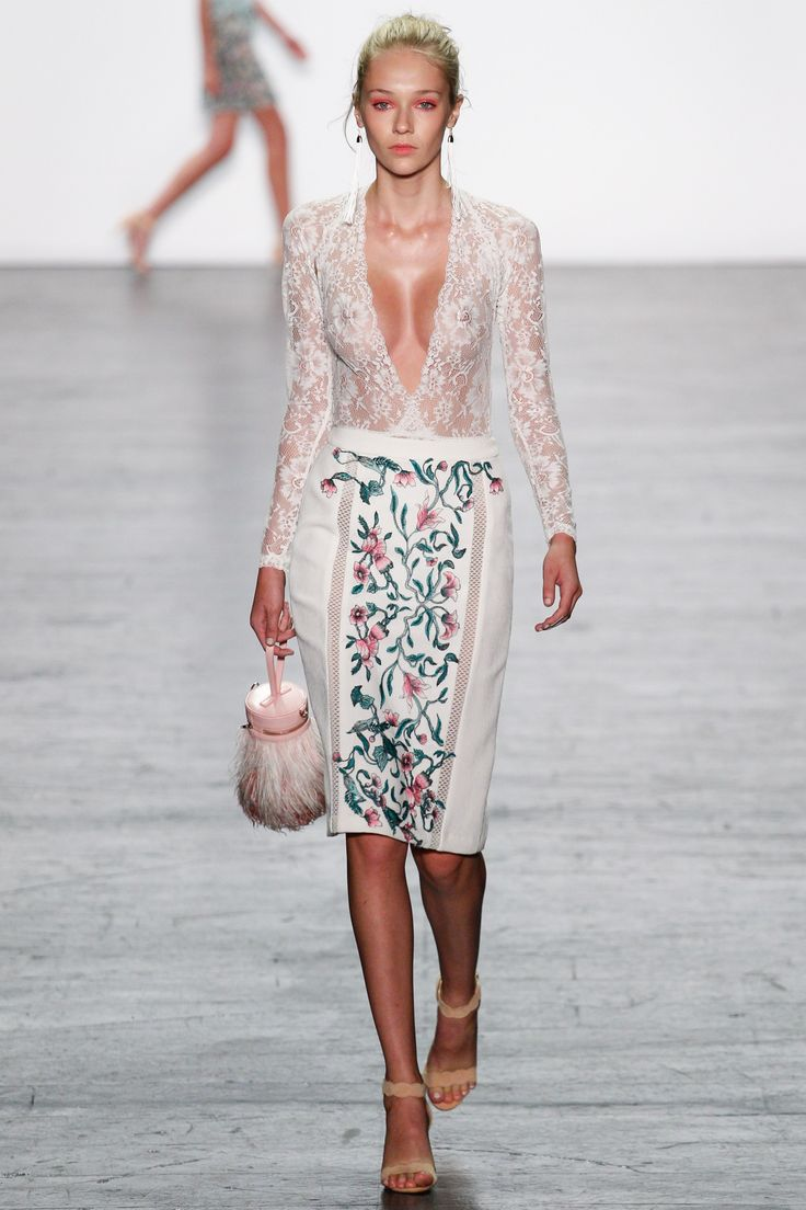 View the complete Tadashi Shoji Spring 2017 collection from New York Fashion Week.