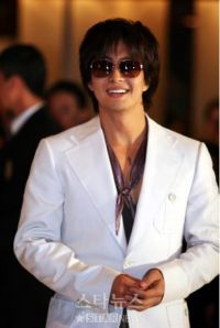 Bae Yong-joon, Korean actor