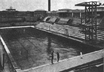 1924 Olympic swimming pool, Paris, France.  8000 spectators watched Johnny Weismuller win 3 gold medals in the Piscine des Tourelles