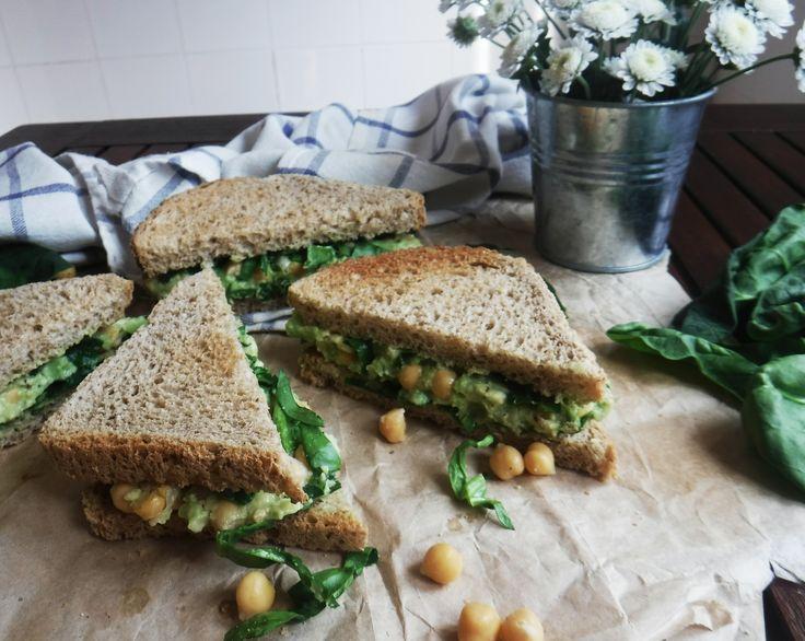 Сэндвич с нутом и авокадо/ Сандвич със нахут и авокадо