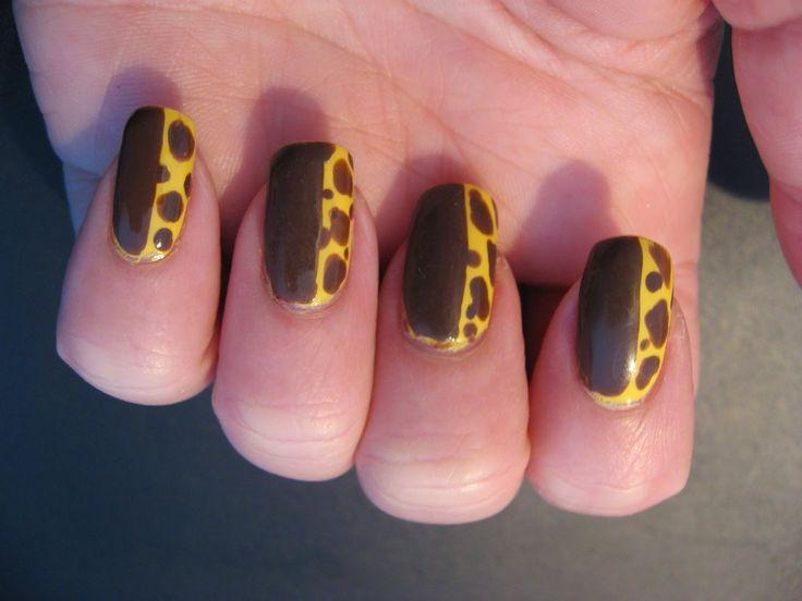 Nailways: NEW NAILWAYS NAILS: Giraf nagels  #nailart #giraffe #nails #dottingtool