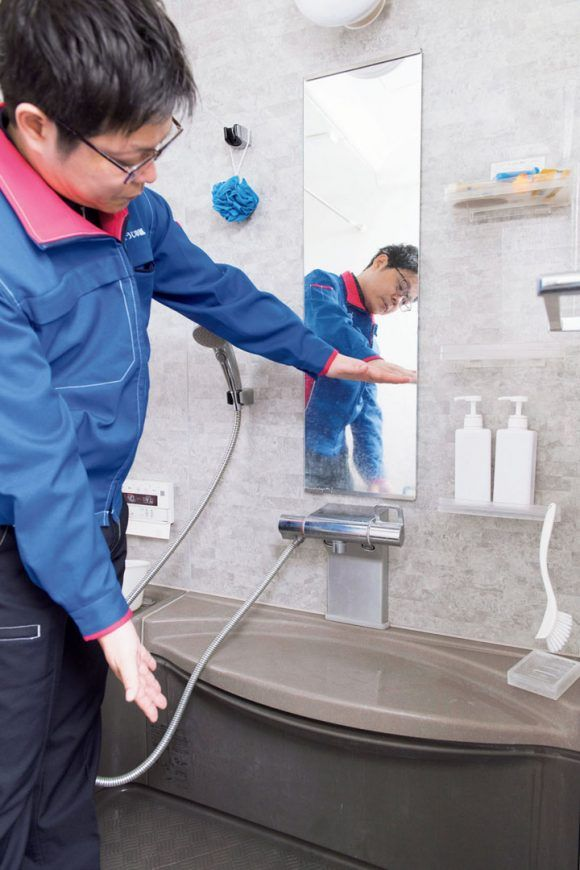 浴室のカビに終結宣言 プロ技の掃除 予防法で発生スポットを根絶やしに 2020 浴室 カビ 掃除 ハウスクリーニング