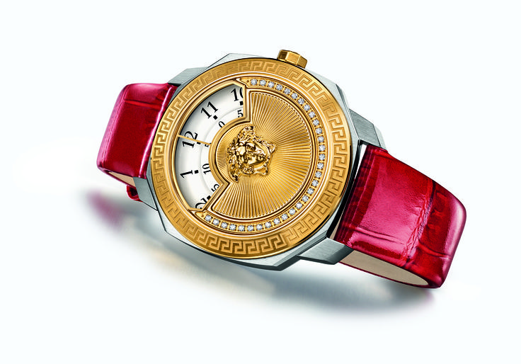 Celebrate the upcoming season in style with the unique #Versace Dylos Icon Christmas. Only 50 pieces available worldwide, find out more on versace.com #VersaceWatches