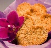 Resep Kue Kering Tradisional Sagon Kelapa Renyah. Oke, kali ini saya ingin mengulas kembali Resep Kue Kering Tradisional yang sudah mulai semakin dilupakan