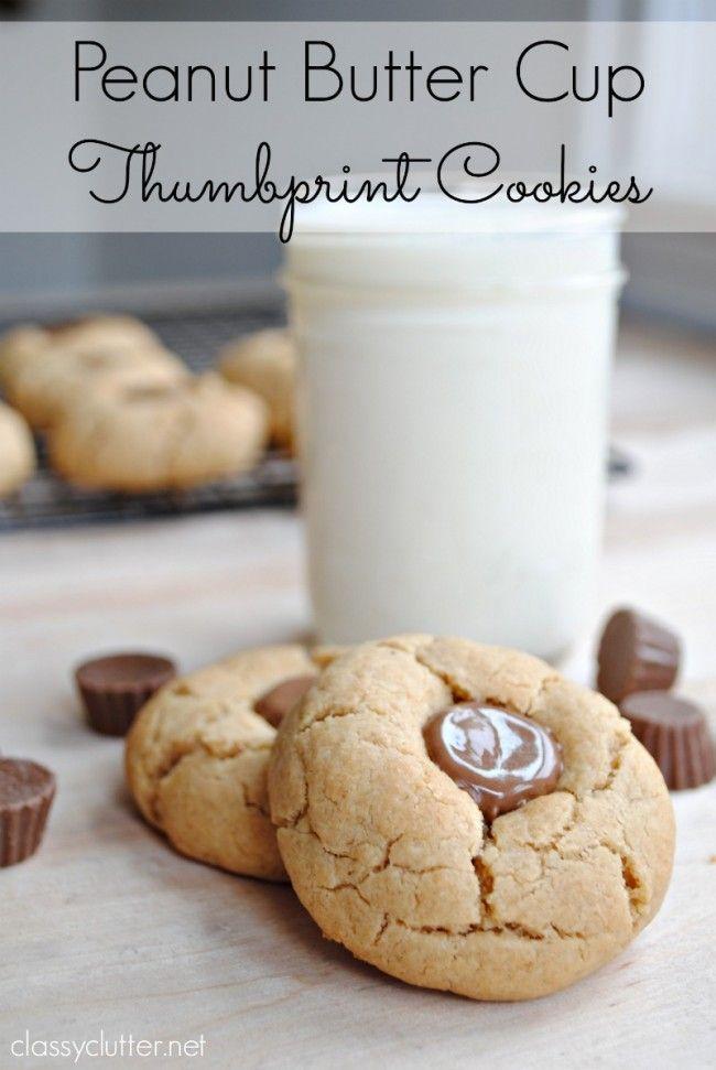 Easy Peanut Butter Cookies - www.classyclutter.net