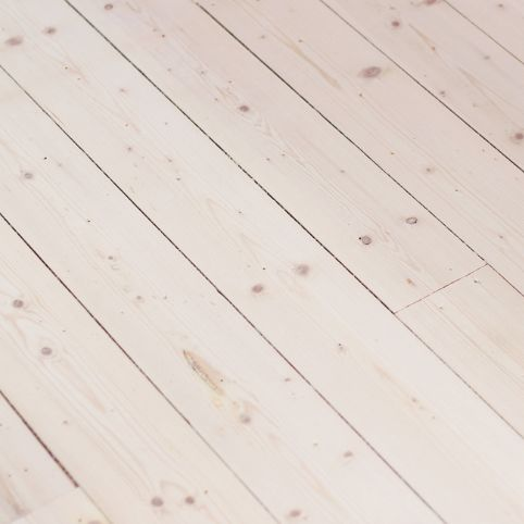 www.hemtrender.com trägolv, vitbetsats, furugolv, floor
