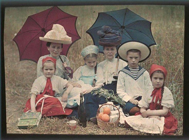 Дореволюционная Россия на цветных снимках Петра Веденисова (1866-1937)