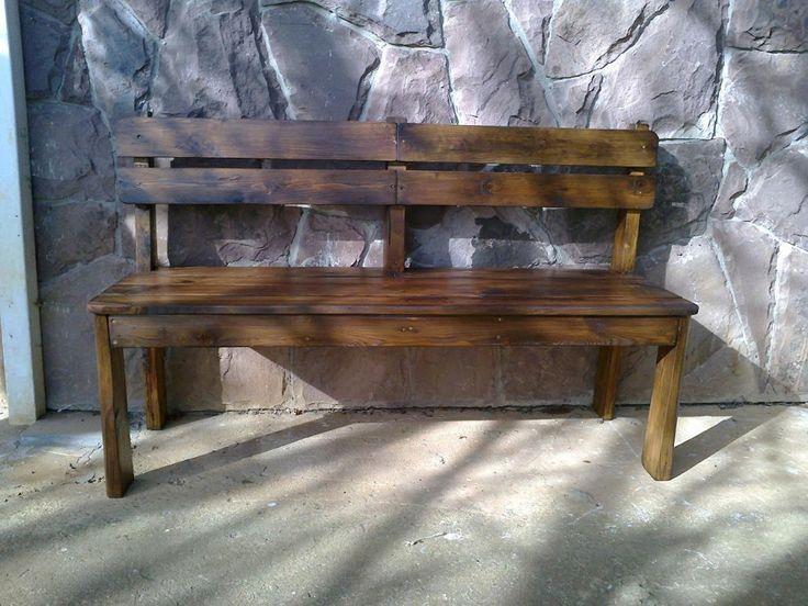 Come costruire una panchina di legno per la veranda