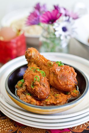 Fried chicken in spicy tomato sauce.This delicious recipe belongs to Malaysian Cuisine.
