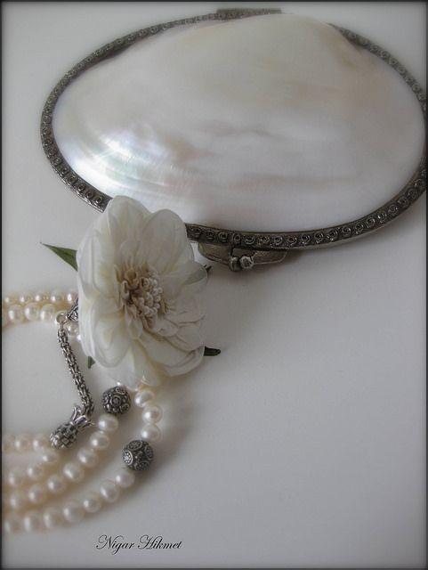 sedef çantası ve gümüş imameli inci tesbih | Flickr - Photo Sharing!