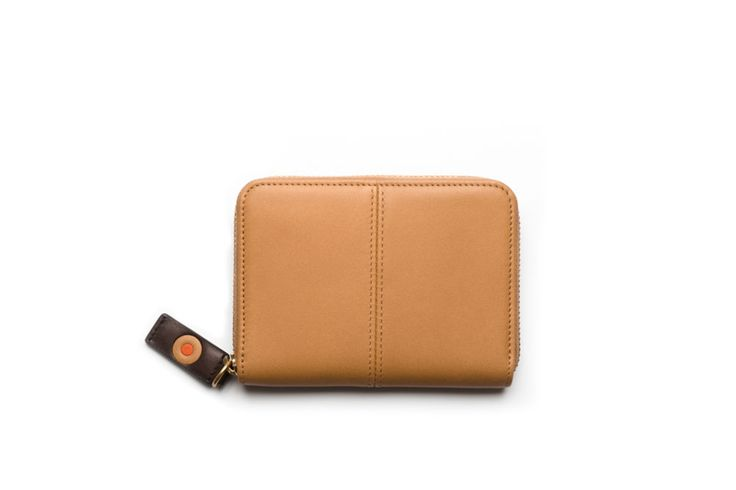 Zip coin purse / Monedero tarjetero. Small Leather Goods - Accessories: Organize your coins and essentials in this classic, compact and stylish purse. Great for small bags and even fits in your pocket.