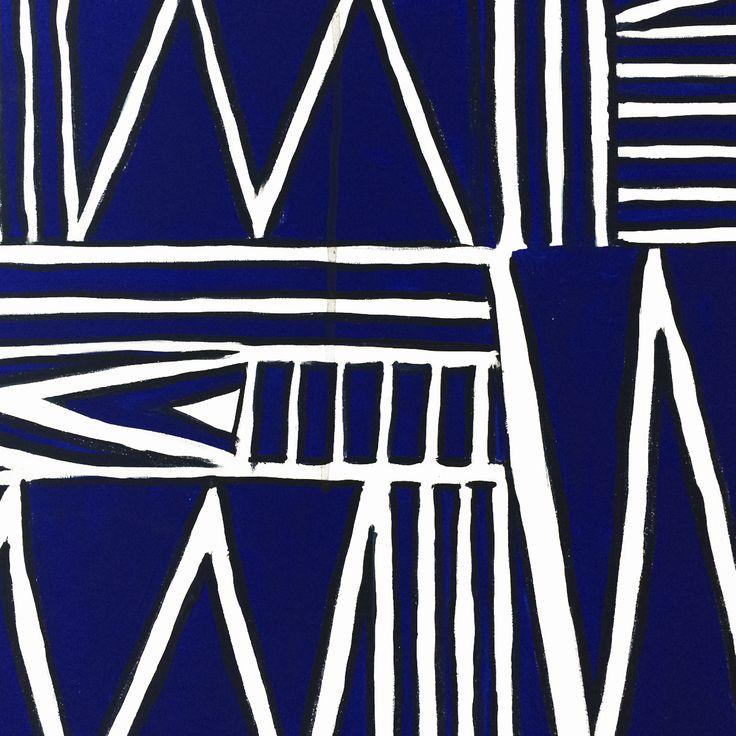 Particolare in bianco e blu con Linee. Collezione privata di STRA-DE STRATEGIC-DESIGN.