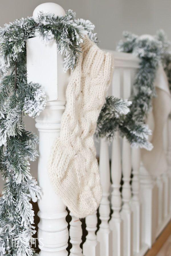 40+ DIY Christmas Decorations - Easy Christmas Decorating Ideas