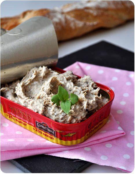Rillettes de sardines façon Jean-François Piège (sardines, Vache-Qui-Rit, moutarde, vinaigre, ciboulette, fleur de sel)