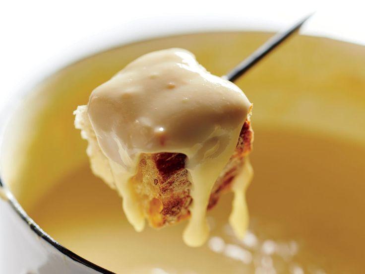 Foolproof Cheese Fondue