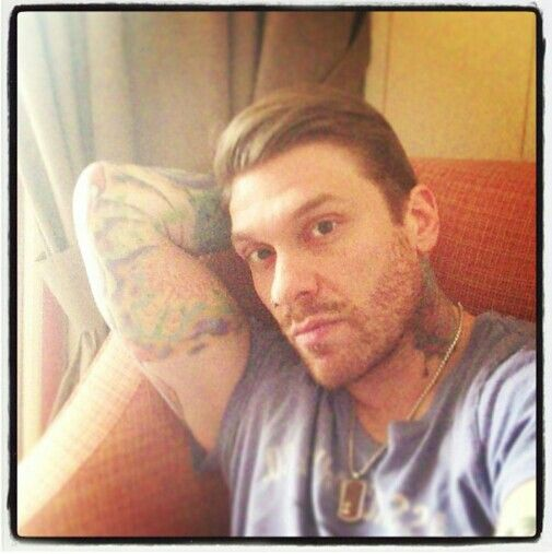 Brent Smith - Shinedown He gives me eargasms!! ♥