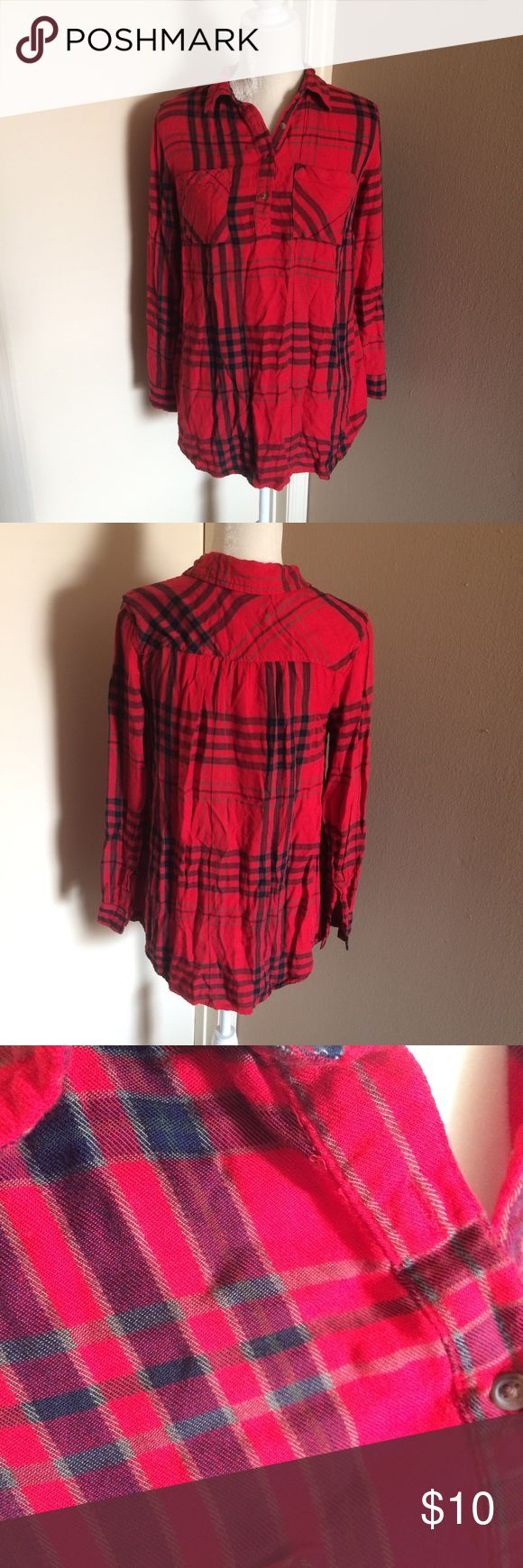 Plaid Maternity Tunic Top Great condition! Long maternity tunic top. Red plaid print: very soft! Liz Lange Tops
