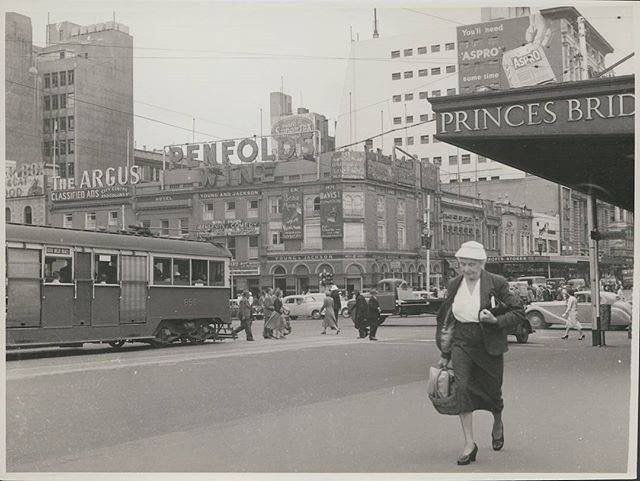 Memory Lane Monday: So this is how racing for the tram on Monday morning looked like in 1956! Corner Flinders and Swanston Street. Photo: State Library of Victoria via Melbourne Central