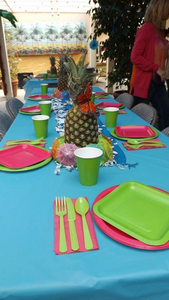 Table decor 2013 2014 hawaiian luau themed teacher for Lunch decoration ideas