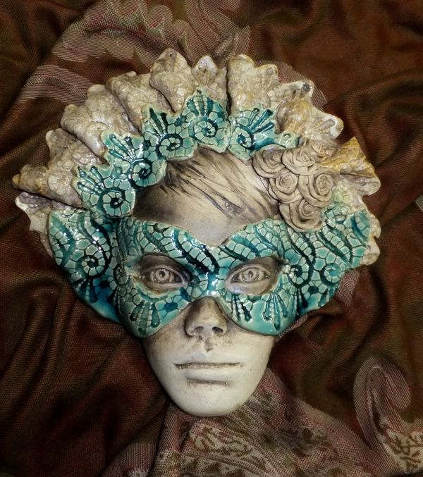 Ceramiczna maska wenecka