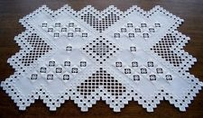 HARDANGER Embroidery - white DOILY / TABLE RUNNER *** a piece of jewellery ***